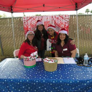 Christmas Volunteers 2018