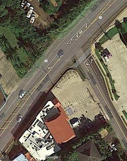 Left Turn Merge Lane on Kuhio Hwy
