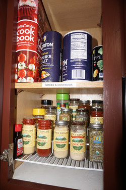 Full Spice Rack