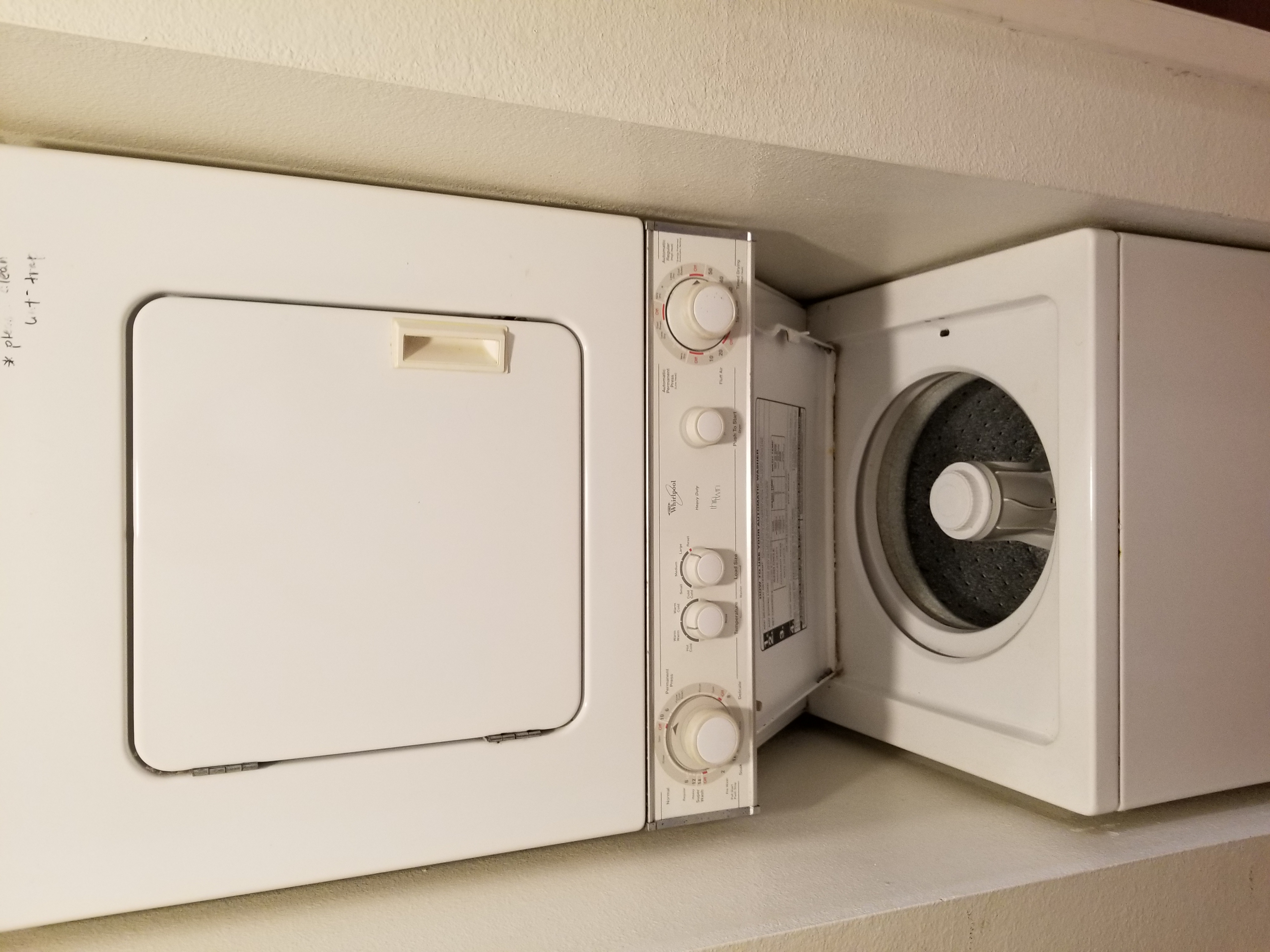 Washer / Dryer in Unit