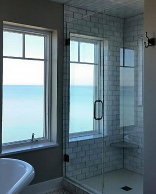 Glass-Shower-Doors-by-Glass-Images-Holla