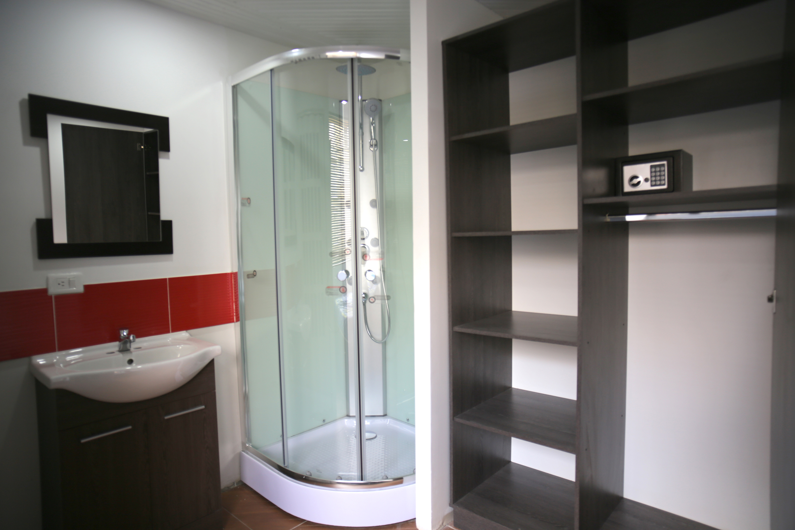 Inn House 1 ducha y closet habitaciones