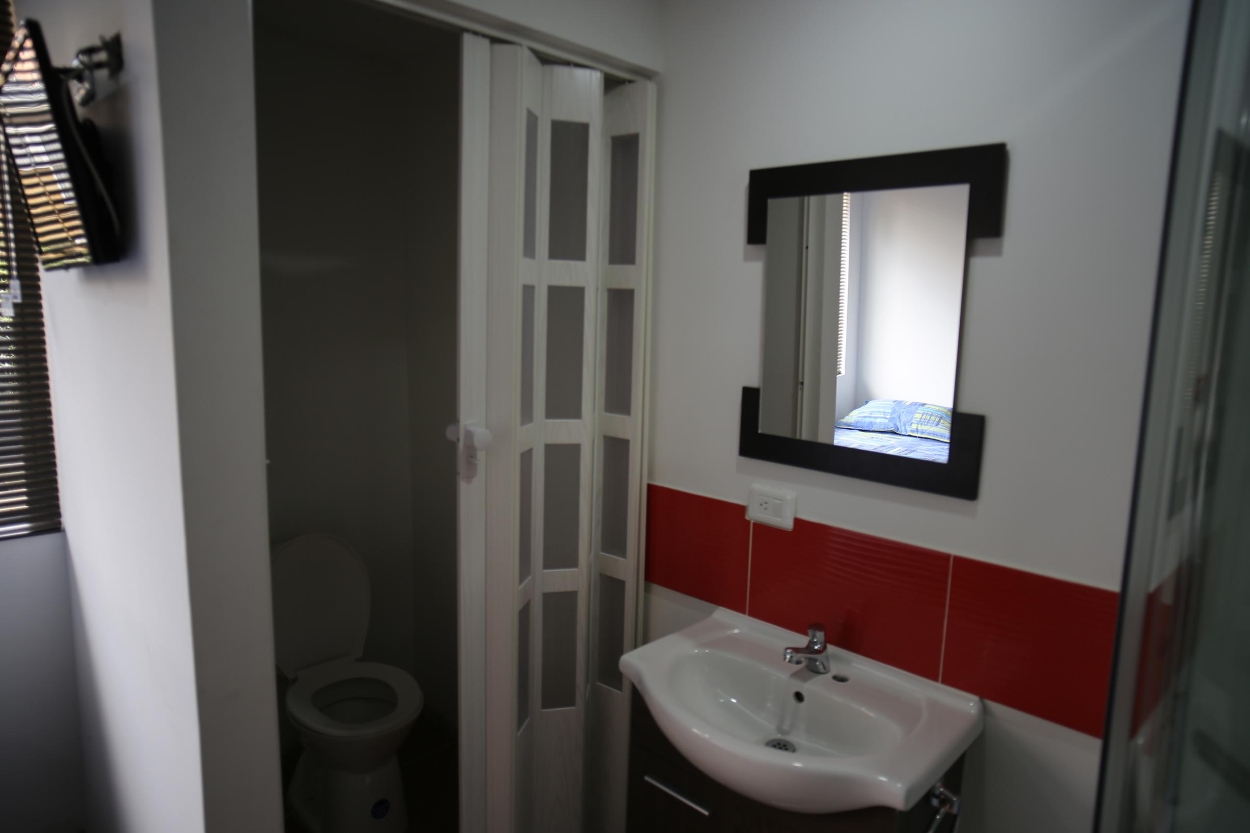 Inn_House_1_baño_habitacion