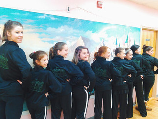 Dance Co Preps for Competition