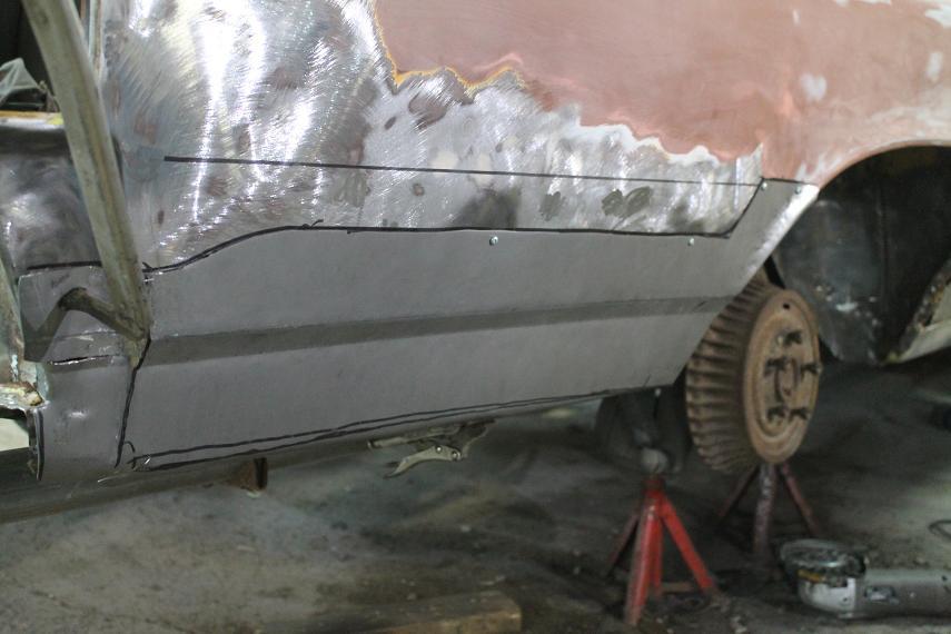 Voici l'aile AR droite avec sa tole fabriquée.