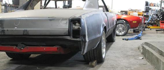 """Il ne faut pas faire des ailes style """"rallye"""", il faut garder la forme d'origine tout en couvrant la roue."""