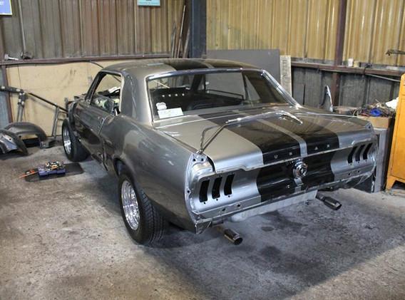 Cette Mustang était très belle déjà, mais il restait  certains point suspects.