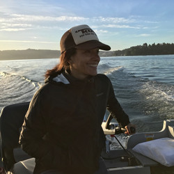 ana the captain on yaquina bay2.JPG