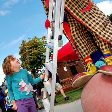 Rachel Thompson age 5  to Rainbow aka Go
