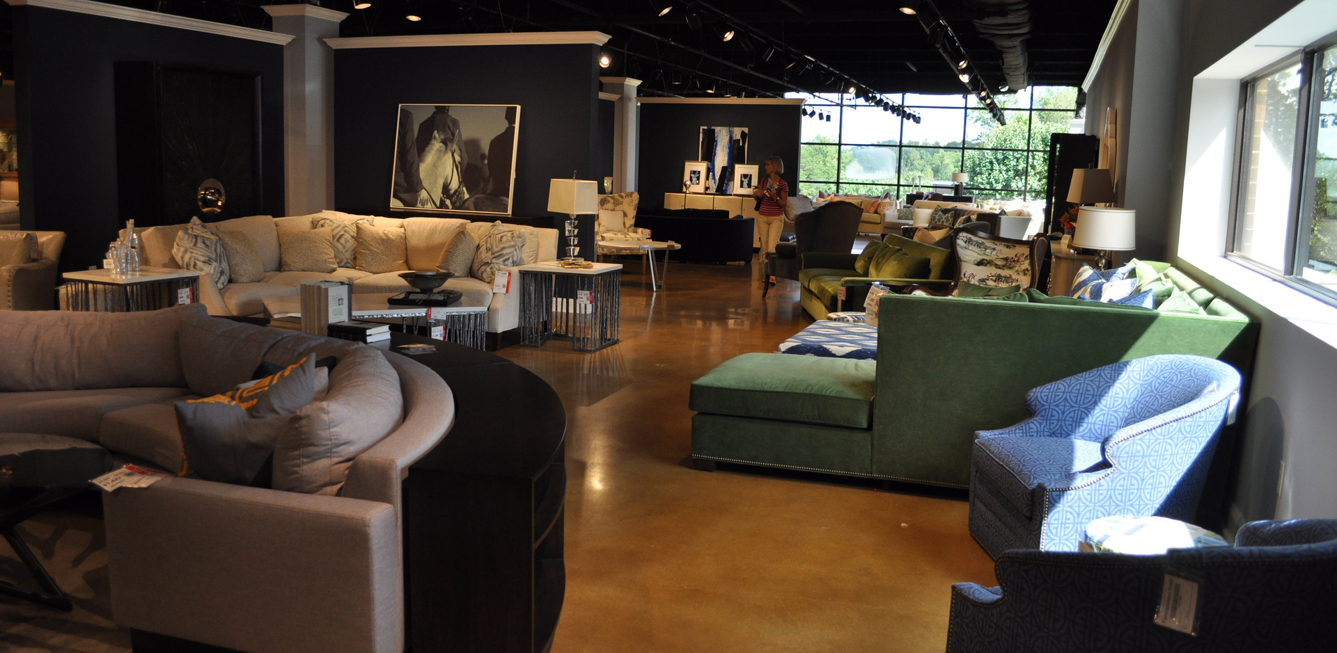 FurnitureLand South, Showroom 1