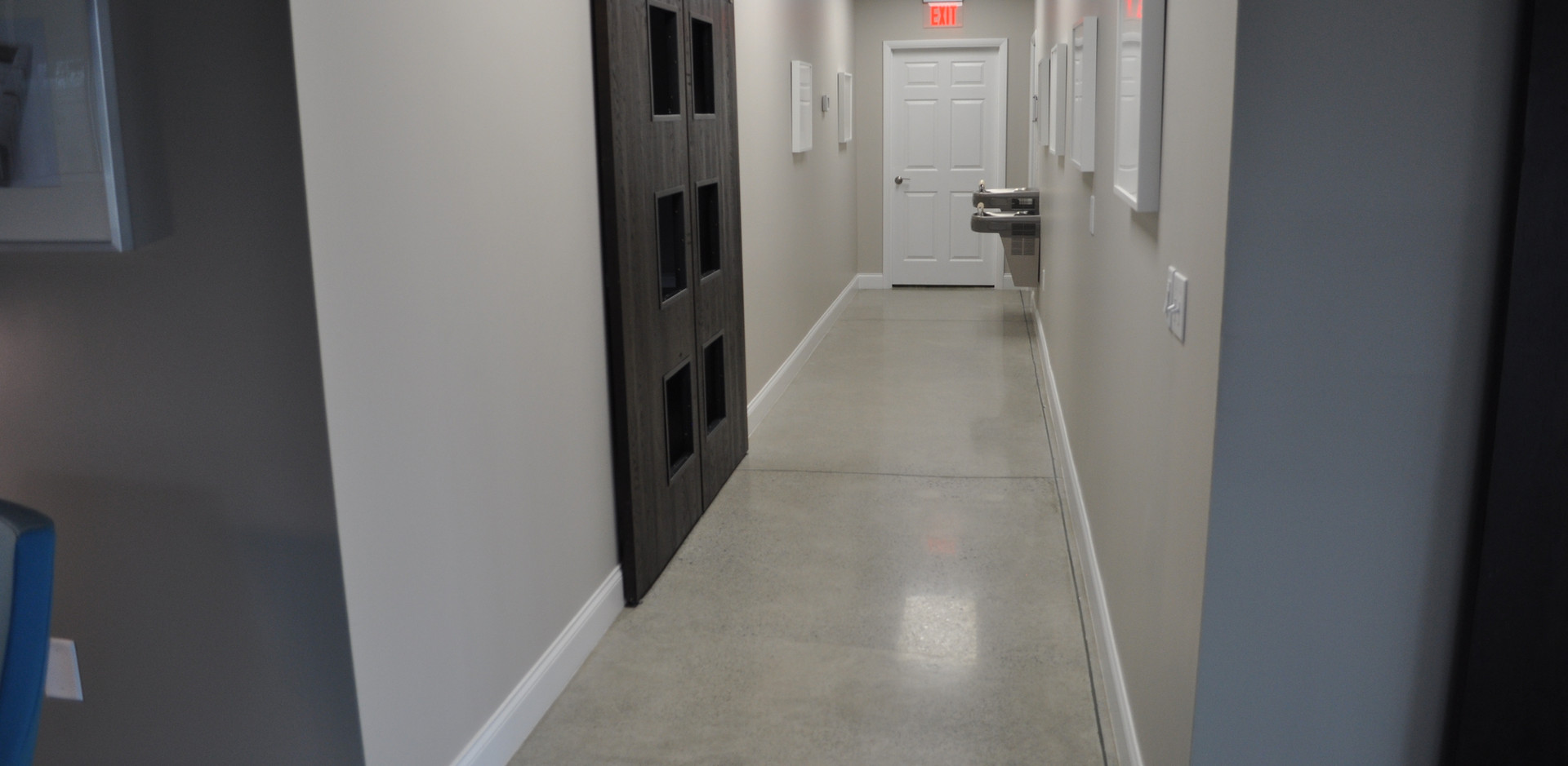 Level 4 Showroom Polished Hallway