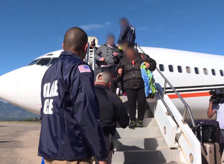 Cameroonian immigrant almost deported by ICE, removed from the plane just before take off