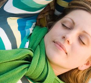 Noites mal dormidas e stress podem causar problemas na pele