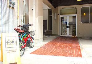 entrance&back door10.jpg