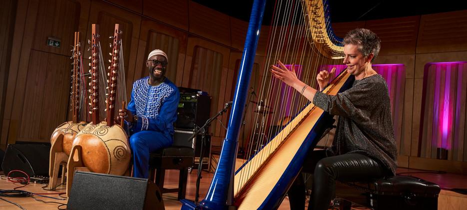 Catrin Finch and Seckou Keita. CreditJos