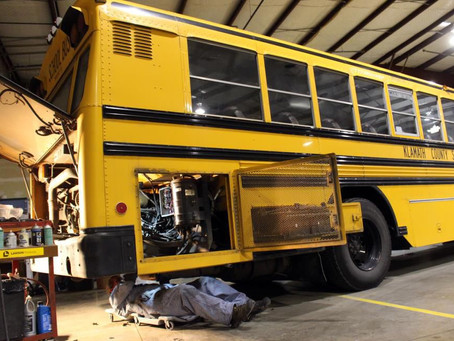 How Does a School Bus GPS Software or App Help When a Bus Breaks Down?