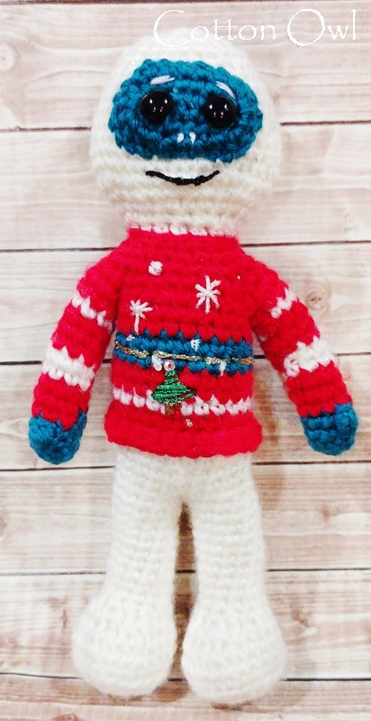 Ugly sweater Yeti