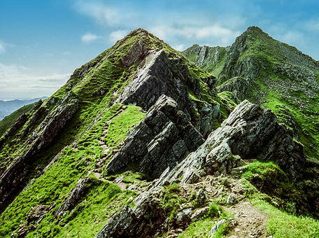 scotland-rocky-mountain-day-time-wallpap
