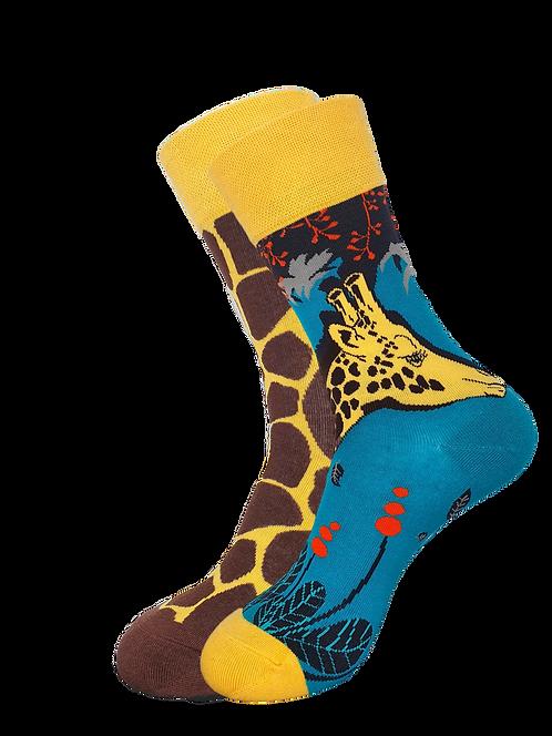 Adults- Gaby Giraffe Odd Socks