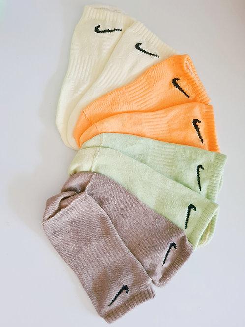 Nike No Show Tie Dye Socks.