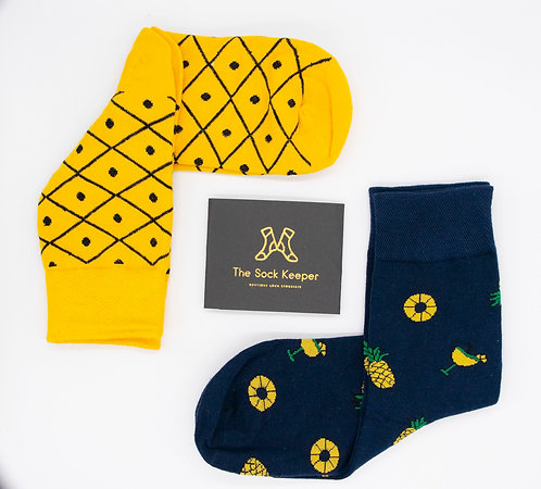 Adult-Food Lover Pineapple Odd Socks