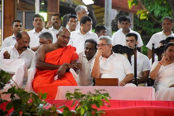 Kamal Gunaratne, Assaji Thera, Thilanga Sumathipala and Gotabaya Rajapaksa with wife Ioma