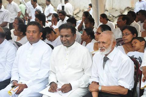 Thilanga Sumathipala with Mohamed Fowzie