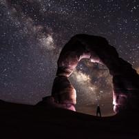 delicate-arch-night-stars-landscape.jpg