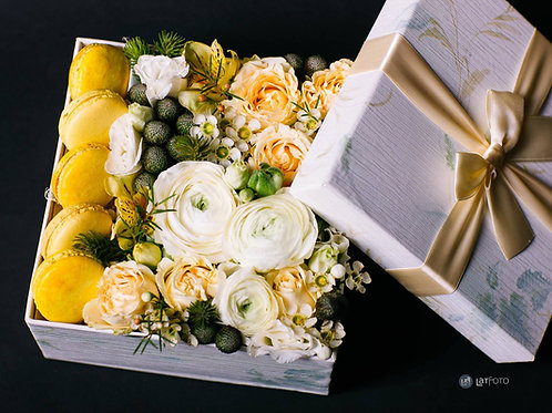 Ziedu kastīte 8
