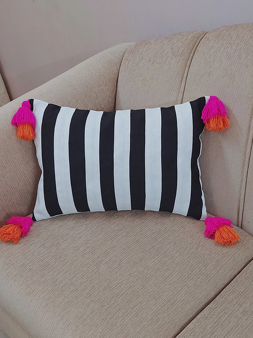 Black and White Bud Tassels Cushion Cover