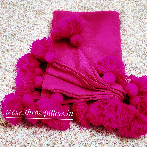 Fuchsia  Tassel Single Layer Throw