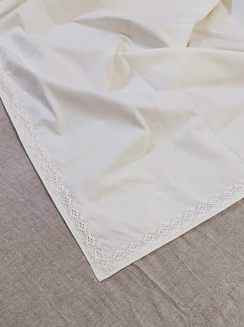 Snow White Table Cover with Embroidered sides