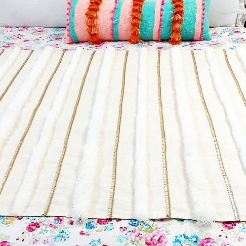 Snow Lanes Tufted Bed Throw