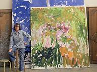 L7BMoWK69fAf6fl1XJLgbg-custom-Custom_Size___Joan+Mitchell+in+her+Vétheuil+studio+-+Rober