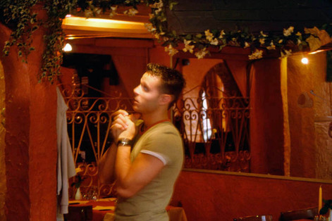 Italy (vs Mexico). 13 June 2002. Waiter in pizzeria: La Pugglia, Schaerbeek, Brussels