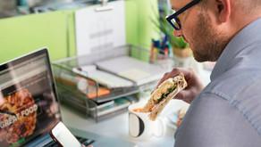 Embalagem de sanduíche 100% à base de papel para ser testada em supermercados