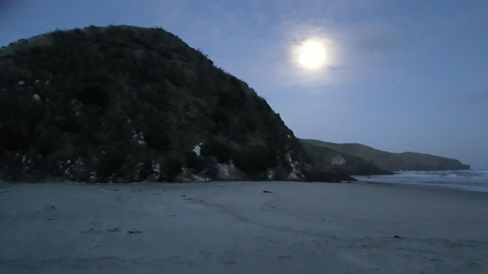 Moonrise over Allans beach