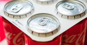 A Coca-Cola oferece uma inovação europeia com papelão reciclado e papelão