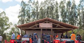 Indústria constrói espaço para dar mais conforto aos caminhoneiros, com estacionamento exclusivo