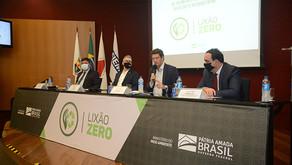 """Ministério do Meio Ambiente lança """"Lixão Zero"""" na FIEMG"""