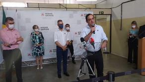 Romeu Zema e Flávio Roscoe oficializam doação de respiradores no Centro-Oeste