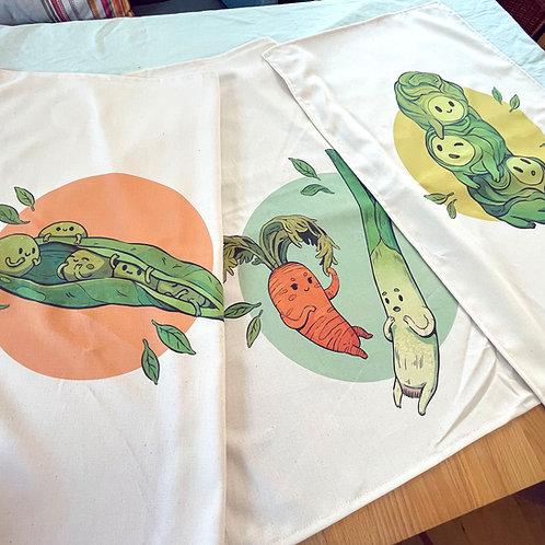 Bundle of 3 veggie kitchen towels