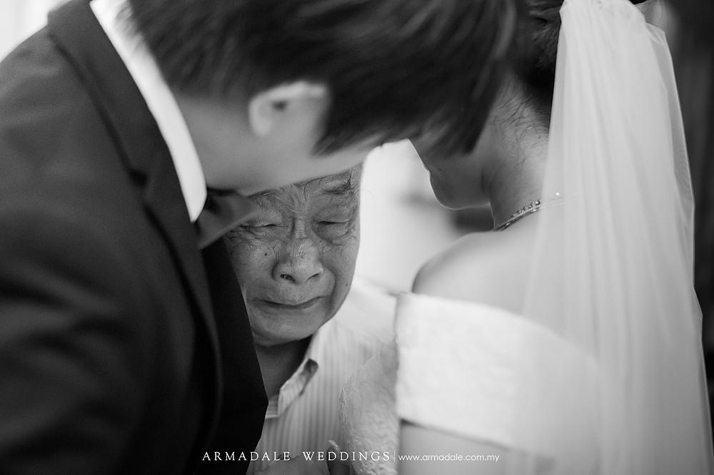 Wedding moments - emotions