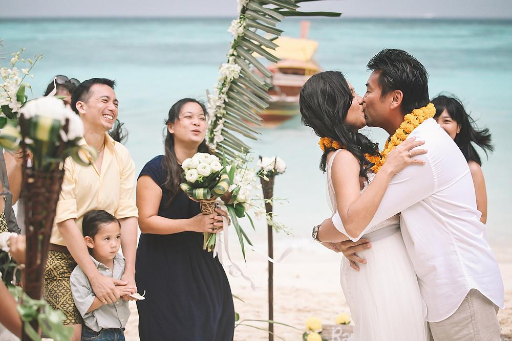 destination wedding photographer tips