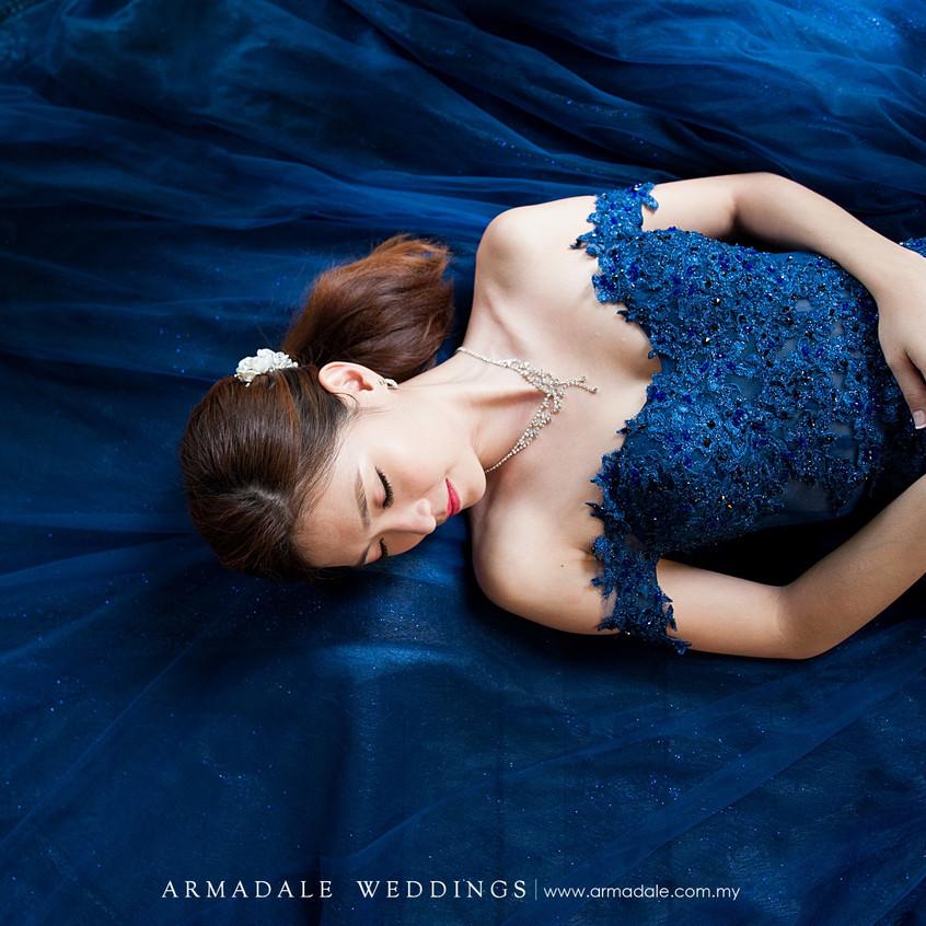 Off shoulder royal blue gown