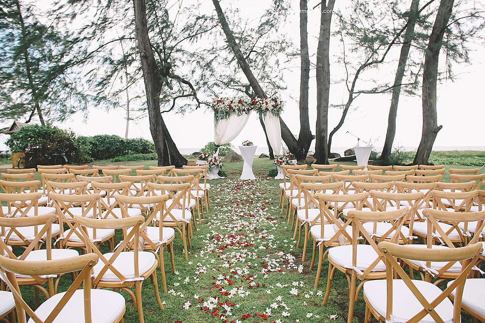 Phuket destination beach wedding