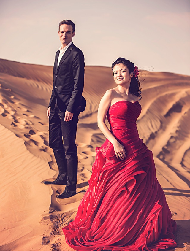 red-ruffles-gown-dubai-prewedding