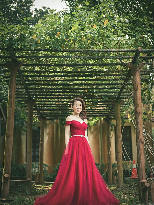 Off shoulder red gown