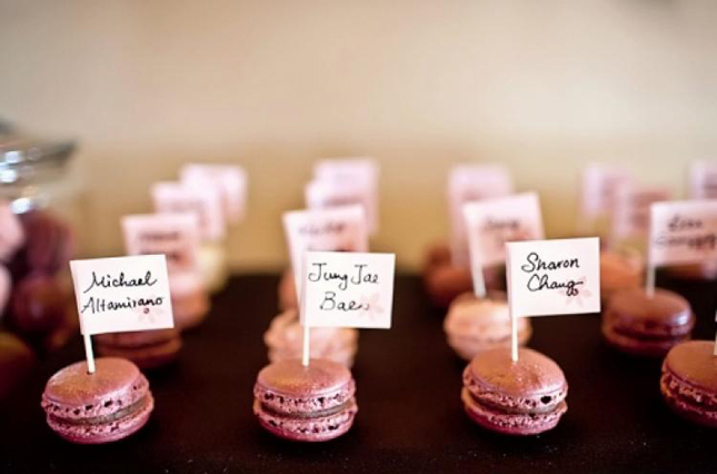 macaroon-place-cards-wedding