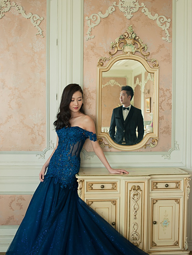 off shoulder royal blue mermaid gown